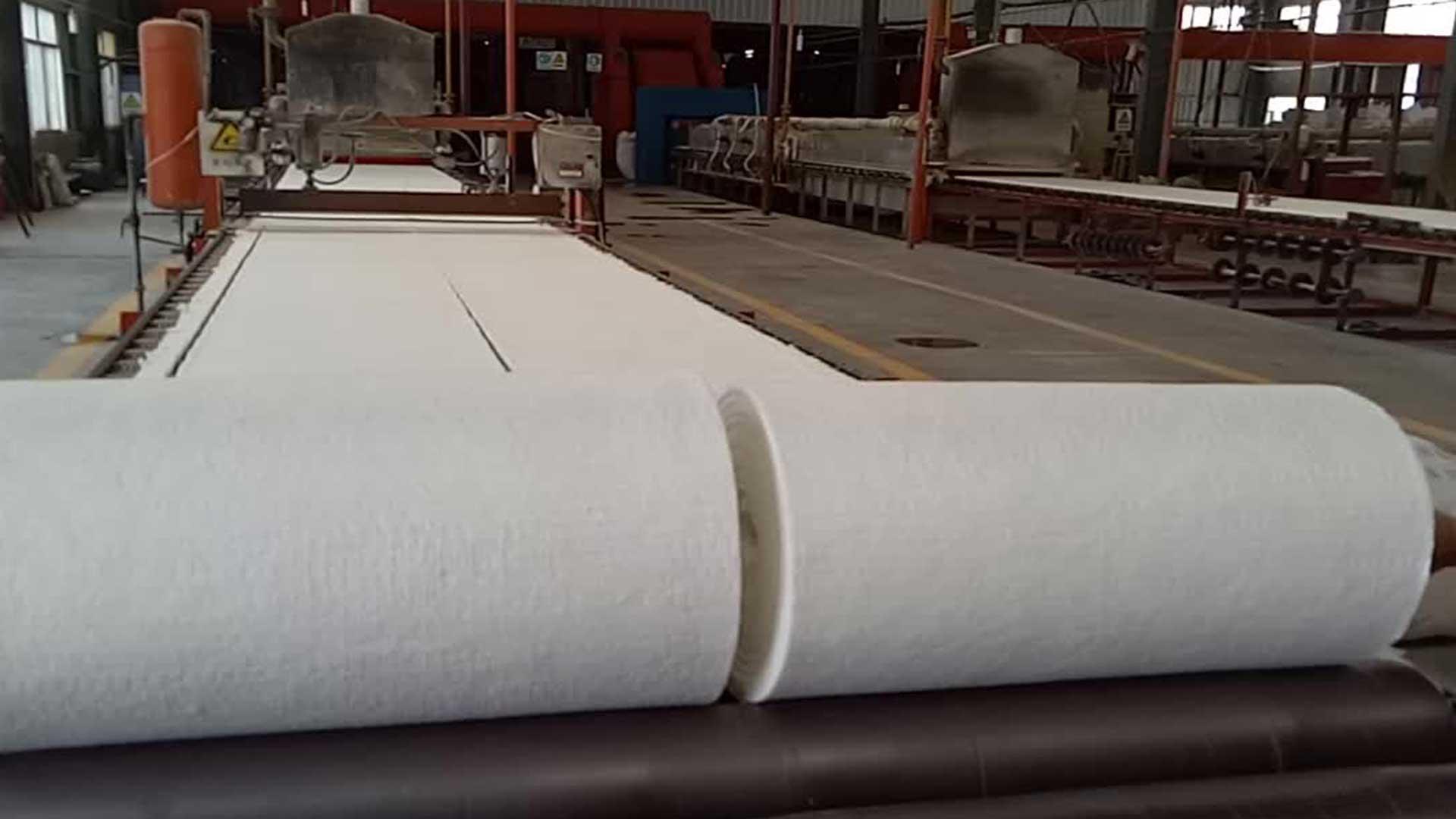 Keramisk fiber isolasjon til pizzaovn fra Gruue pellets og vedfyrt pizzaovn.